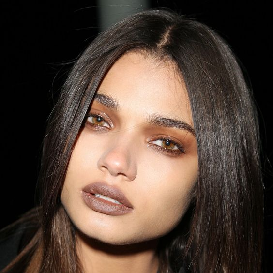 Fall Makeup Trend Bronze Eyes Lips Everything