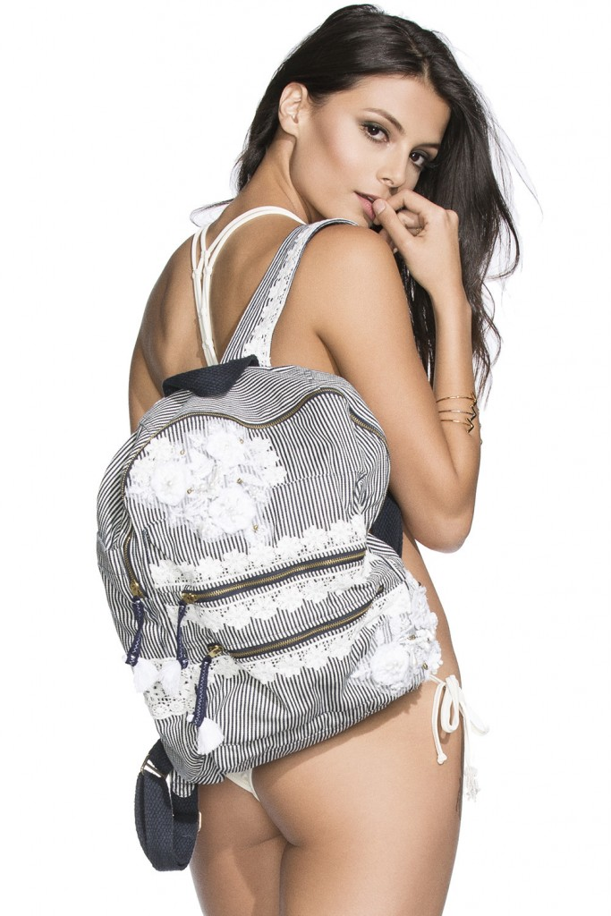 AguaBendita_Bendita_Paralelo_Bag_White_Back